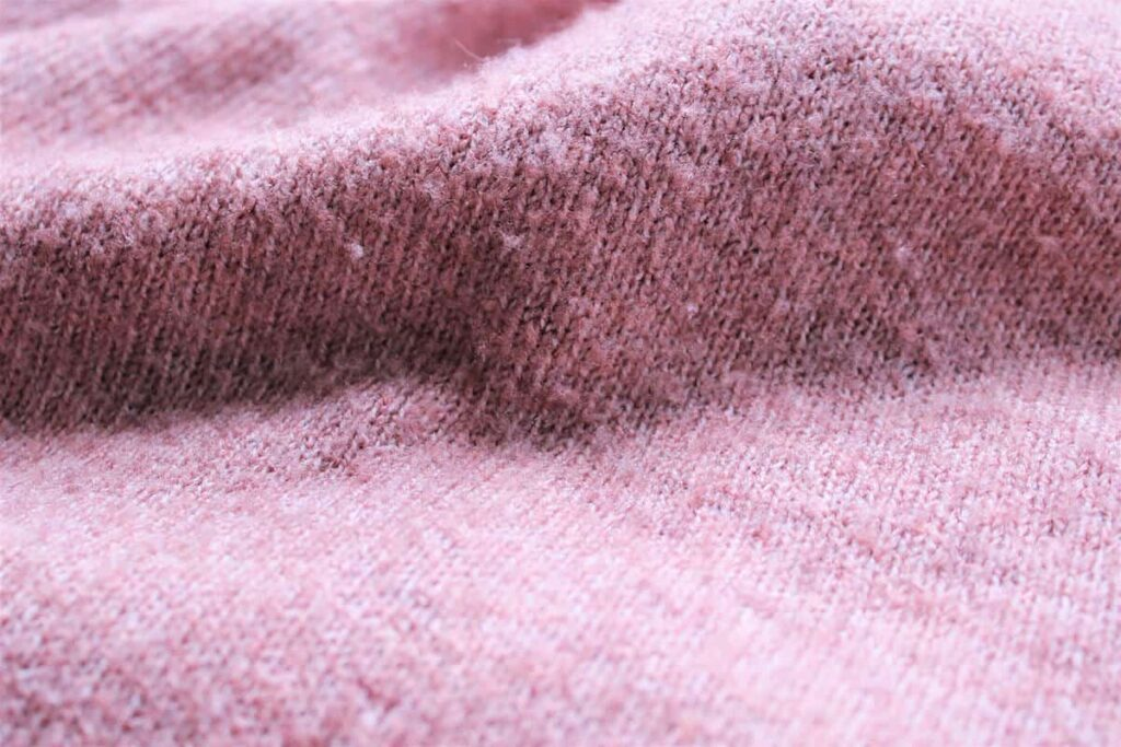 Pinkfarbener Woll-Pullover