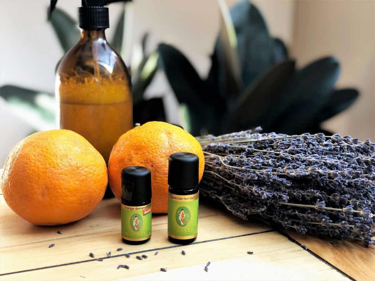 Ätherisches Orangenöl und Lavendelöl