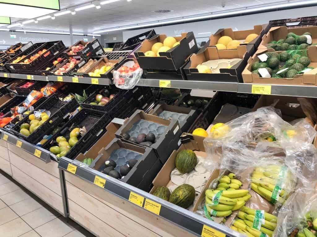 Unverpacktes Obst im Supermarkt
