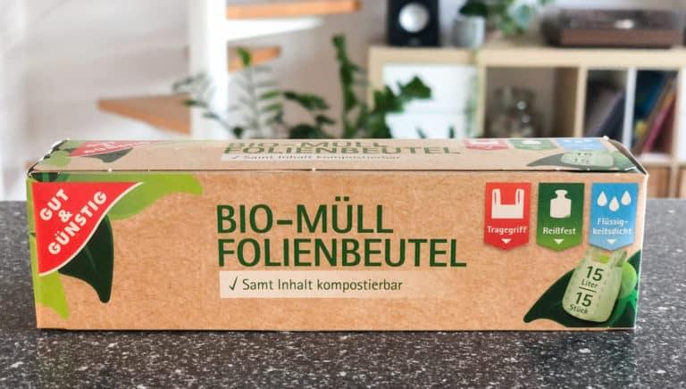 """Biokunststoff – """"Kompostierbare"""" Abfalltüten gehören nicht in die Biotonne"""