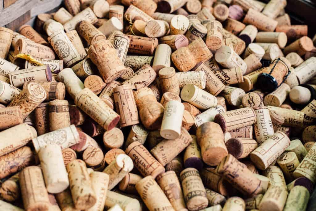 Weinkorken Sammlung - wie entsorgt man Weinkorken