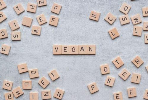 Vegan Scrabble Schriftzug